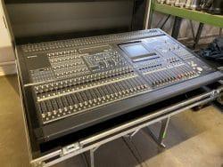 Ref 2052 Yamaha PM5D