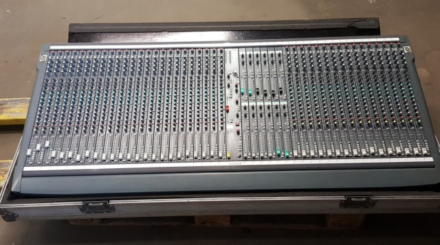 Ref 2101 Soundcraft SM1240 Mixer 1