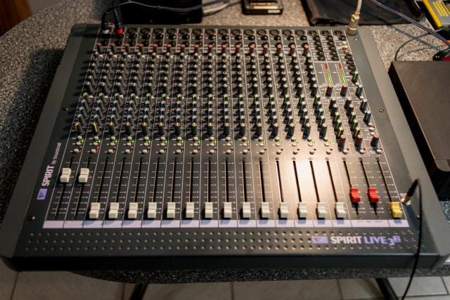 Ref 2119 Soundcraft Spirit 1